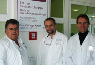 Πλαστική Χειρουργική Προσώπου - Aναγόρευση του Prof. W. Gubisch σε Επίτιμο Διδάκτορα Ιατρικής Σχολής Πανεπ. Αθηνών