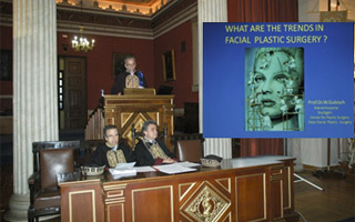 Ο Prof. W. Gubisch στο βήμα με θέμα: What are the trends in Facial Plastic Surgery?